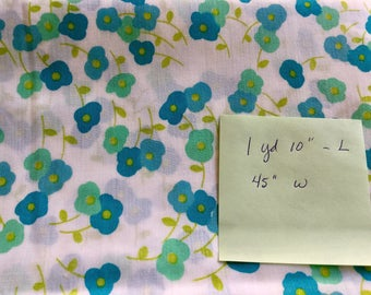 White and Turquoise Floral Print 1 yard 10 inches