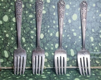 Set of 4 Early 1900s Forks, Poppy and Floral Pattern, Silverplate