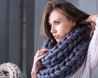 Super Chunky infinity scarf, knit scarf, Super bulky scarf, scarf, Knitted scarf, knitting, Merino, chunky yarn, knit scarf, trending item