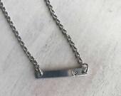 Simple Bar Necklace - Min...