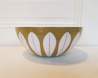 Enamel Lotus Bowl, Green and White, Catherine Holm
