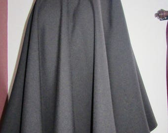 Grey Skirt Knee Length Skirt~Full Circle black Skirt~grey circle skirt  Custom make elastic waist Plus Size summer skirts@sohoskirts