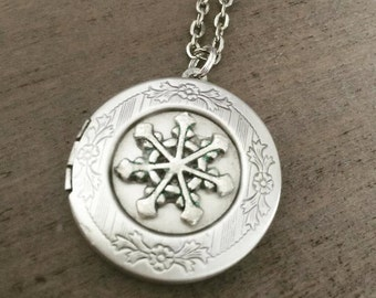 Snowflake Locket, Necklace, Silver Holiday Jewelry