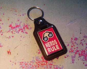 Nerds Rule Silver Plated Keyring - Key Ring - Key Chain - Pink - Fun gift - Geek - Nerd - Retro
