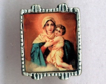 2 Colorful Madonna and Child Beads
