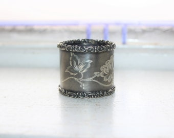 Antique Victorian Napkin Ring Etched Flowers Silverplate