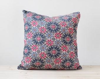 Boho Pillow Cover Bohemian Decor Hippie Cushion Emborided Throw Pillow Blue and Pink Pillows Luxury Embroidery Cushions Daisy Pattern