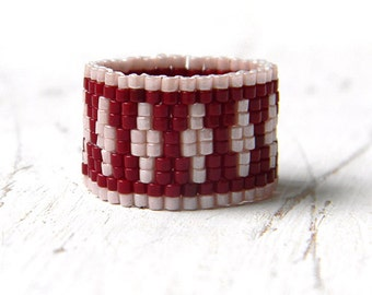 Wide beaded ring Peyote ring Seed bead ring Delica woven ring Elegant ring design Womens bead ring Seed bead jewelry Beaded jewelry Beadwork