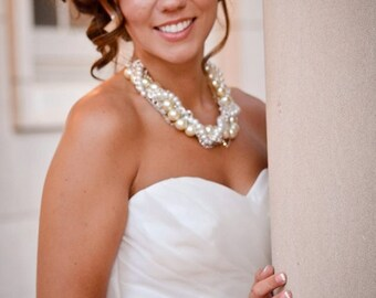 Pearl Bridal Necklace, Pearl and Crystal Wedding Necklace