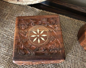Wood carved jewelry trinket box