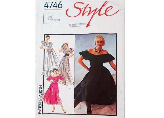 4746 Stil aus der Schulter Rüsche Gypsy Bauern Abend Kleid