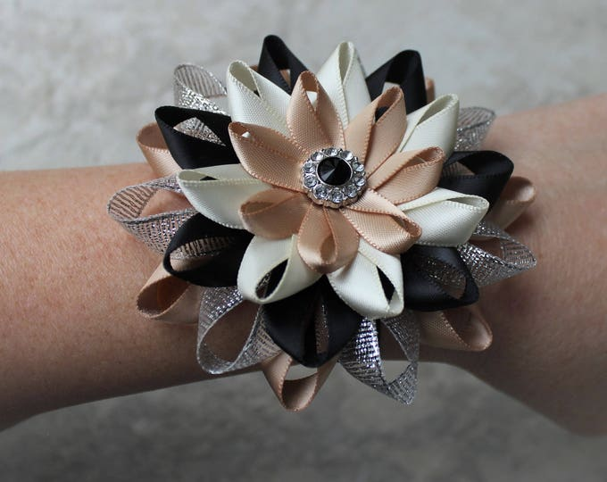 Bridesmaid Wrist Flower, Bridesmaid Flowers, Bridesmaid Wrist Corsages, Mother of the Bride, Champagne, Silver, Black, Ivory