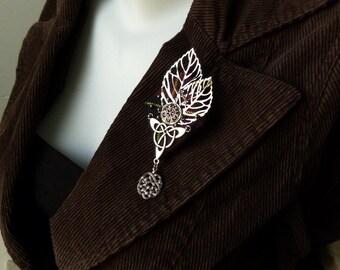 Brooch Tristan diamond silver and black tartan Celtic nature leaf unisex boutonniere subtle Celtic Ireland Scotland