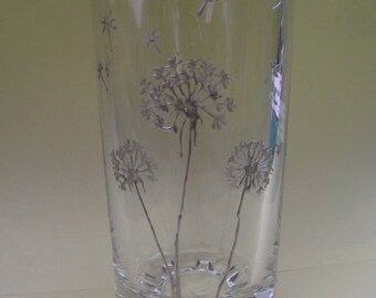 Water glass painted flower - dandelion pattern
