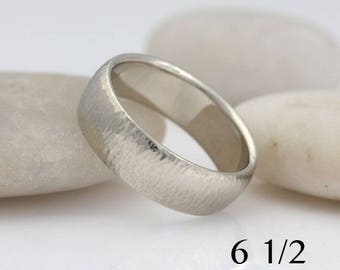 14k white gold wedding  band, textured surface, size 6 1/2 and custom sizes, #489.
