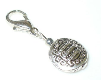 1 pendant silver for zipper, chain etc. (A3)