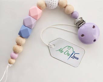 Pacifier with silicone beads and crochet beads