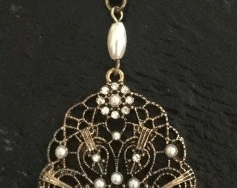 Pearl Brass Web