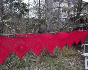 Hand crochet valance. Hand crochet curtain. Red Valance. Red crochet curtain. Red cotton curtain. Handmade curtain. Swedish Vintage 1970.