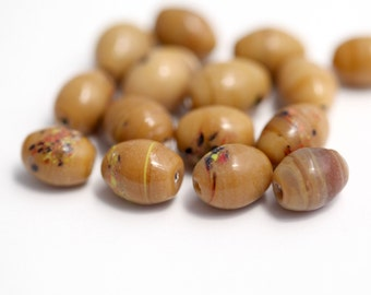 Vintage Japanese Glass Beads Brown Tan Lampwork Oval 12mm (16)