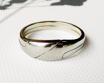 REYES - Unique Puzzle Rings by PuzzleRingMaker - Sterling Silver or Gold - 2 Bands