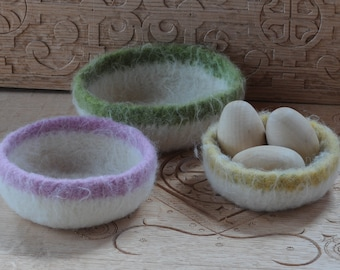 Pastel felted wool bowls, natural white with colored rims, speckled yellow, pink and green , Easter Baskets, spring decor, nesting bowls