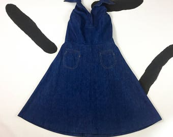 """70's denim halter dress 1970's cutest hippie stoner babe collared classic pinup smock pockets festival A-line flared dress size S M 27"""" w"""