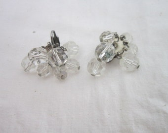 Vintage Cut Glass Crystal Ladies Earrings