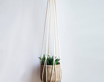 Macrame plant hanger / hanging planter / Succulent planter / Plant holder / Plant hanger / Modern macrame / Gift for her / Housewarming gift