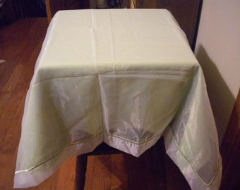 Southern Living at Home~table topper~green/sheer topper