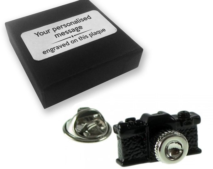Camera, photography, photographer, lapel pin badge, tie pin, brooch accessory, boutonniere - personalised engraved gift box - 649