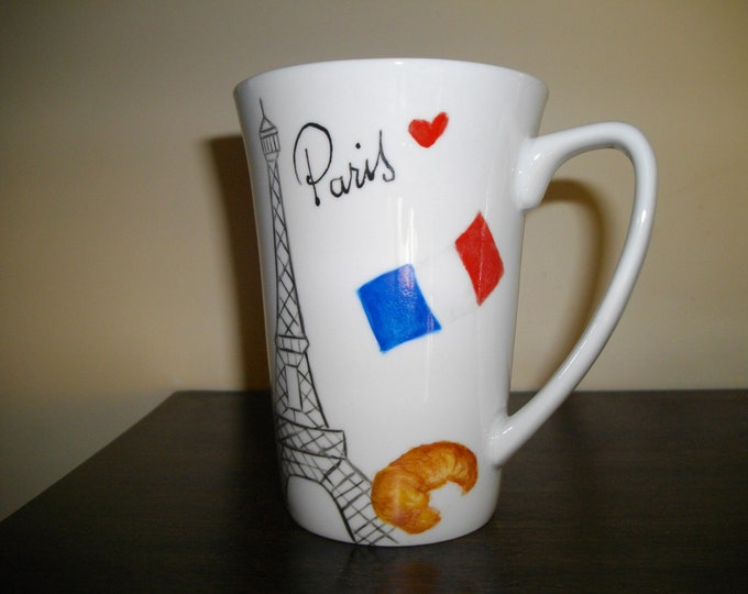 Cup / mug / handpainted /porcelaine / Paris
