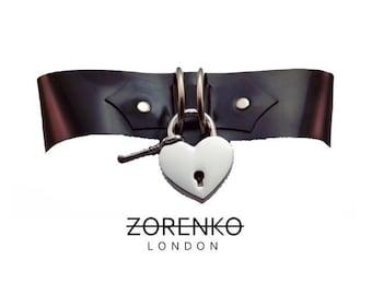 Latex Heart Lock Choker