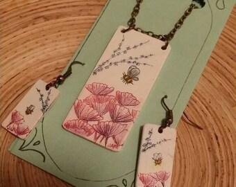 Scrimshaw Jewelry Set Lovely Flowers and Bumblebee OOAK Great Gift Idea