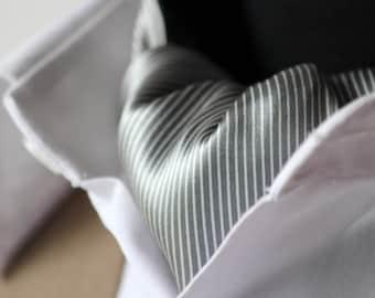 Mens Ascot Mens Cravat Woven Silk Day Cravat Reversible Ascot Tie A020
