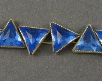 Vintage Triangle  Rose Montees - RARE - Blue in Silver Setting