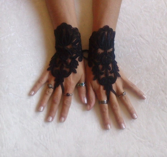 Black lace gloves french lace  bridal gloves lace wedding fingerless gothic gloves black camarilla gloves burlesque  vampire glove guantes