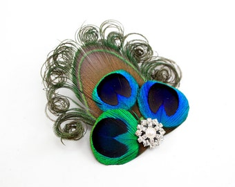 Brilliant - Peacock hair clip / Peacock fascinator / Peacock feather bridal headpiece