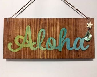 Stained Wood Live Aloha Signs