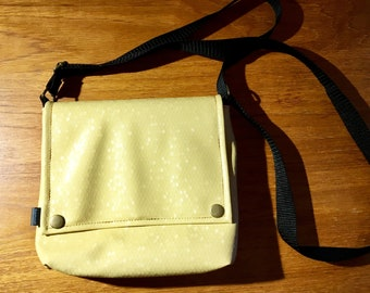 little vegan honeycomb bag