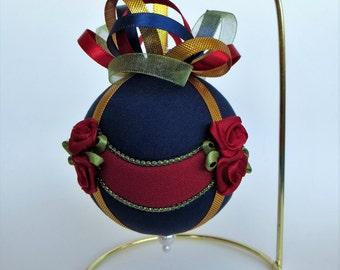Christmas Ornament Tutorial - Pattern - Instructions - DIY - No Sew - Drapes