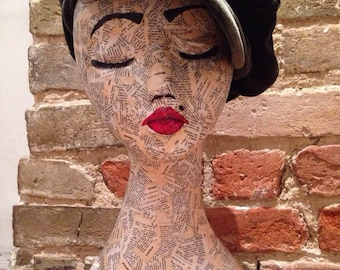 Vintage Mannequin Head / Mannequin / Hat stand / Jewellery stand / wig