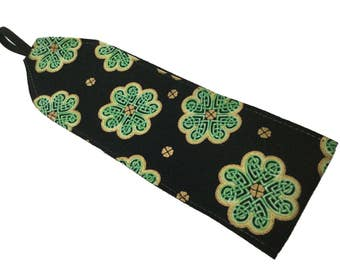 St Patrick's Day Celtic Knot Green and Gold Clover Shamrock Soft Headband Women