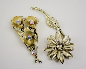Mid-Century Pair Gold Flower and Leaf Brooches Pins