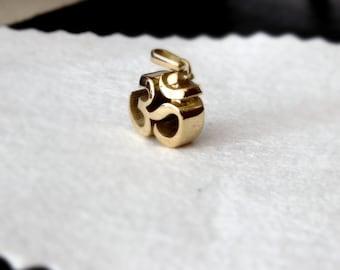 OM segno pendente 14 K oro solido sanscrito 585 gioielli d'oro simbolo buddista