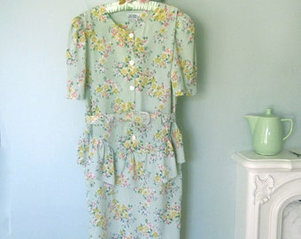 Floral Dress, Summer Dress, Vintage Dress, Green dress, Plus Size Dress, Size 14 Dress,Office Dress, Floral dress, XL Dress,40's Style Dress
