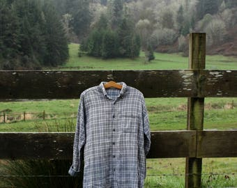 Soft grey and blue flannel (sz: L)