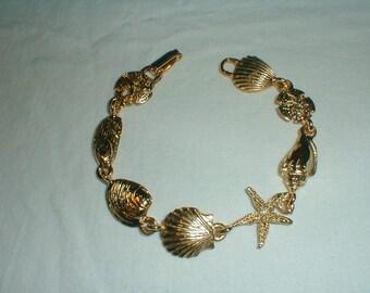 vintage seashells bracelet ocean bracelet shells conch clam oyster mussel starfish beach sandollar bracelet gold bracelet summer sea shells