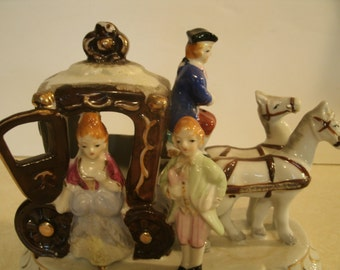 Hand Painted Horse And Carriage Colonial Couple Man Woman Tricorn Hat Gilt Porcelain Ceramic Mounted Vintage Figurine Statue