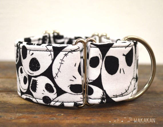 Martingale dog collar model This is Halloween. Adjustable and handmade with 100% cotton fabric. Nightmare before Xmas. Wakakan